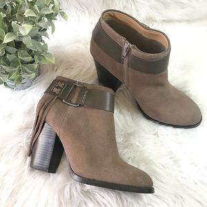 KENSIE Masola Suede Ankle Boots Tassle   NWT Sz 9
